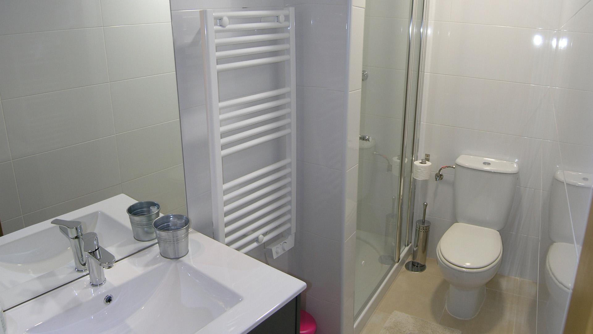 baño_apt4